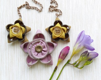 Zipper necklace, Zipper jewelry, Flower necklace, Statement necklace, Handmade jewelry, Gift for her