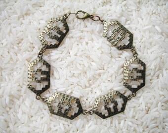 Hammered Brass Cutout Link Bracelet