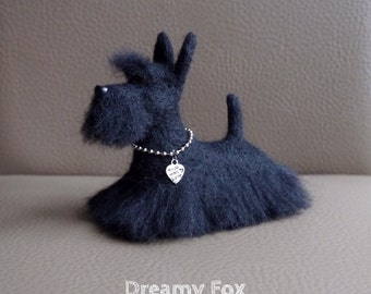 Needle felted Scottish terrier.