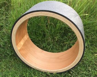 Arbre Yoga Wheel - Cherry