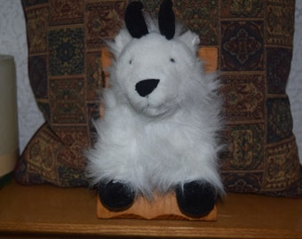 Andy the Mountain goat Stuffidermy! (faux taxidermy)