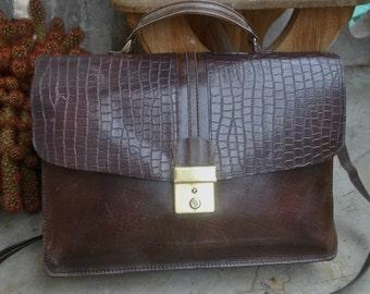 Vintage dark brown / burgundy red  genuine leather  handbag  portmanteau office bag purse from 70's