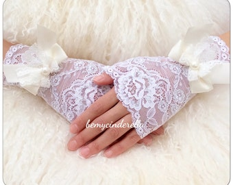 Custom made lace gloves lace fingerless gloves White Lace gloves wedding gloves bridal gloves