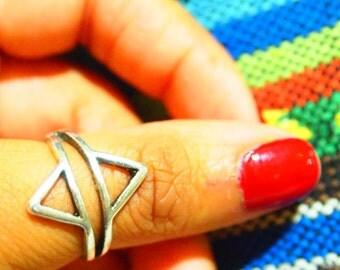 Handmade Bohemian Triangle Ring (Midi)
