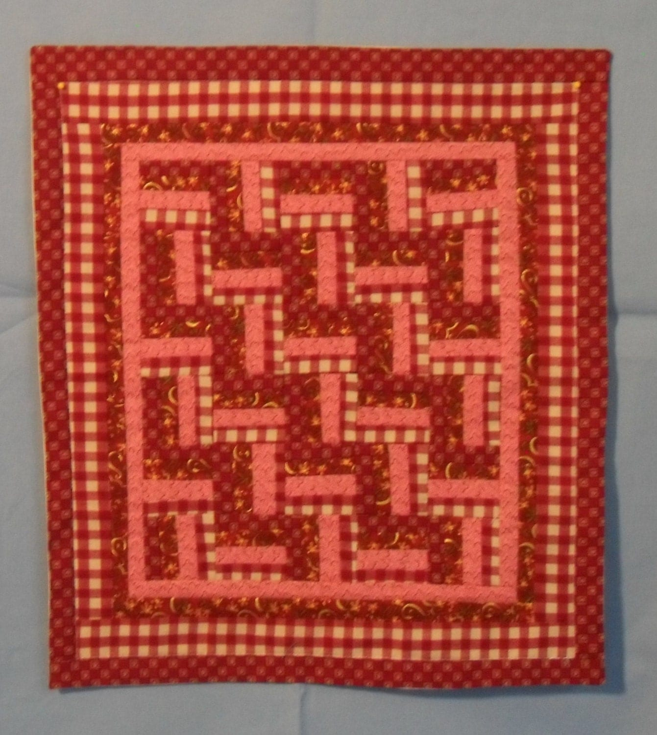 Picket Fence Wall Hanging Quilt