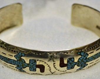 BA011 Vintage Native American Motive Vintage Sterling Silver Bangle