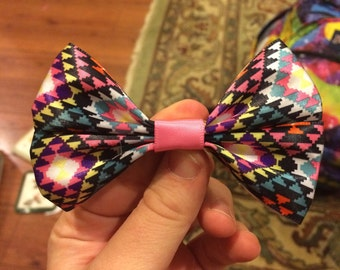 Triangle Pattern Bow