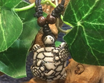 Mommy and babies sea turtle charm necklace
