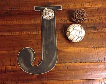 Distressed wooden letter | letter J | wooden letter | letter with burlap