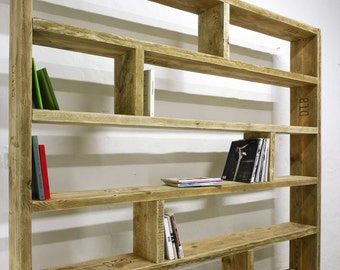 UpCycle.Berlin shelf out of old lumber, Bookshelf