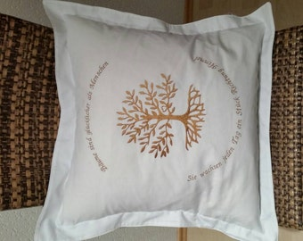 Cushion living tree with edge
