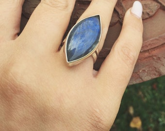Sterling Silver Blue Marquise Labradorite - Size 7.5
