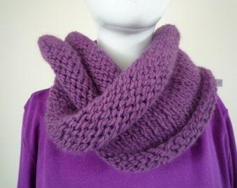 Purple loop scarf, wool and alpaca