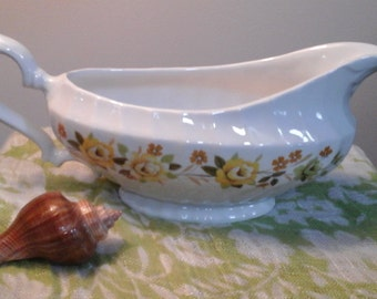 Franciscan Chantilly Gravy Boat Staffordshire England yellow roses vintage tableware