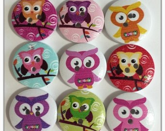 9 Owl buttons, assorted owl buttons, wood buttons, novelty buttons, scrapbooking, sewing, crafts round wood buttons