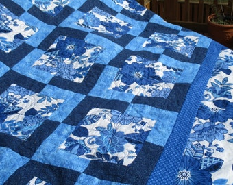 Queen size Quilt, handmade quilt, queen size comforter, bed size comforter, blue and white, large quilt