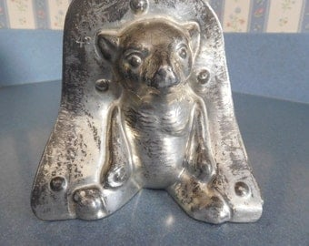 Honey Bear by Laurosch #4106/43 Vintage Metal Candy Mold