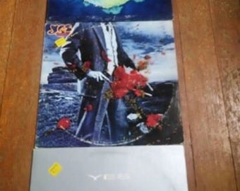 Set of 3 Yes vintage vinyl records!