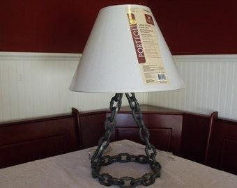 Welded Chain Lamp