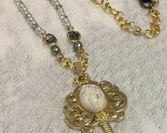 Antique-like key necklace