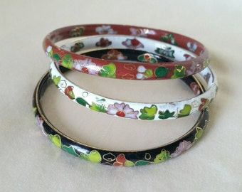 Bracelet Cloisonne Floral Design Bangle Red, White, Black Set of 3