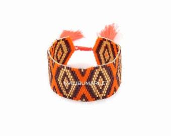 Brown orange Cuff Bracelet in Japanese Pearl