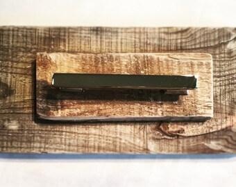 Towel rod reclaimed wood