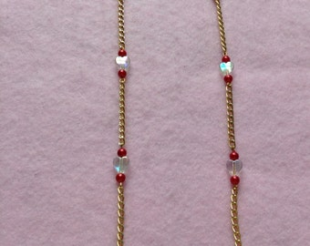 Red & White Heart Beaded Necklace.
