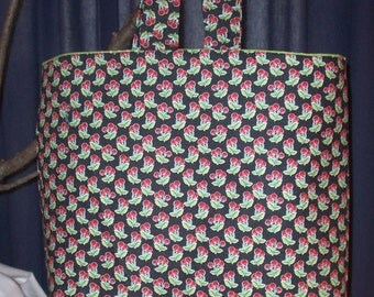 Cotton tote/beach bag 12 x 14 x 4 with seven-inch handle
