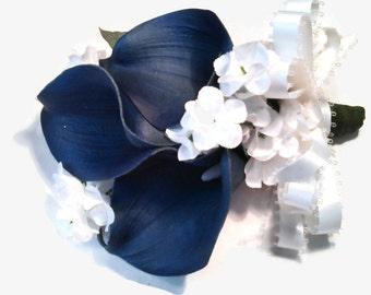 Navy Blue Corsage, Nautical Wedding, Navy Calla Lily Corsage, Navy White Corsage, Calla Lily Corsage, Elegant Navy Corsage, White Navy