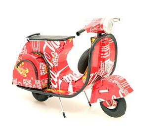 Recycled Tin Can Vespa Scooter (Pepsi, Coca Cola, Diet Coke, Schweppes, Heineken, Tiger Beer) Soda can / Pop can