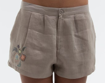 "Short ""OPTIONS"" noble based on un100% Lin, we did run a romantic white version or taupe.pour embroidery, garment"