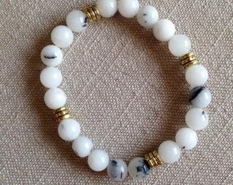 White/Gold Beaded Bracelet (Set of 3)