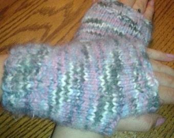 Fingerless gloves. Cream, pink and green.