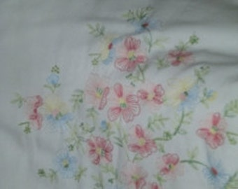 Embroidered Bed Cover/Comforter ---  Vintage