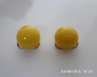 Vintage Napier Lemon Yellow Lucite Clip-on Earrings