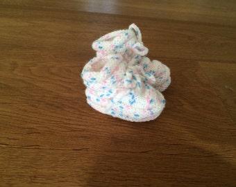 Booties / babyshoes