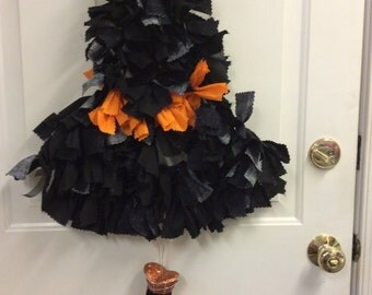 Witch's Hat Wreath