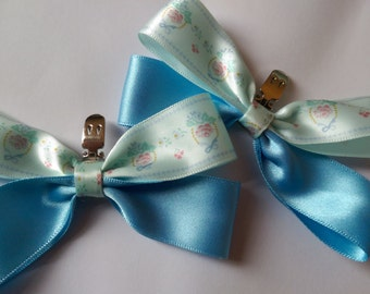 HANDMADE VINTAGE INSPIRED Shoe clips, Vurious Colours  Available!