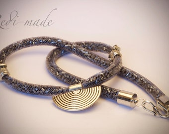 Necklace - Stardust mesh with graphite hex seed beads and a silver pendant (#259531)