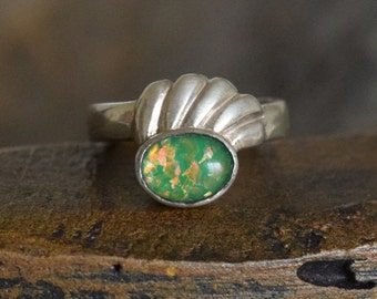 Green Opal Style Stone Vintage 925 Silver Wave Band, US Women Size 4.5, Used