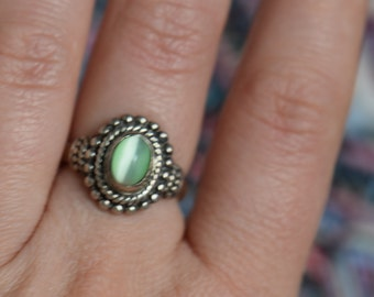 Green Tiger Eye Stone Vintage Silver 925 Solitaire Ring, US Size 7.25, Used