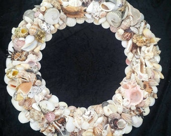 Shell wreath large