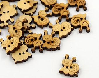 """5 wooden buttons """"Snail"""""""
