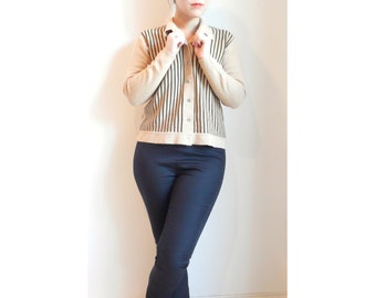 Vintage striped cardigan sweater // size medium