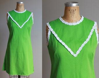 1960s Green shift dress