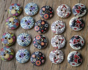 10 round wooden buttons for sewing, kids crafts, card making or scrapbooking (15x15mm)