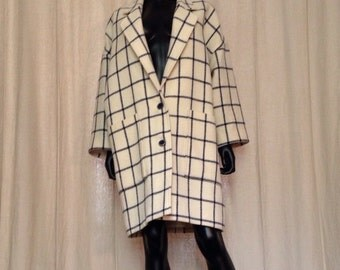 GUY LAROCHE (Boutique) - coat 3/4 wool