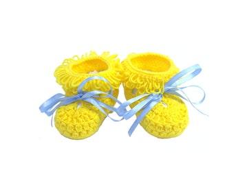 11 - 12 cm Crocheted yellow baby booties