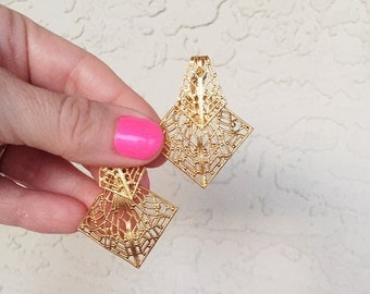 Darling Dangles Earrings